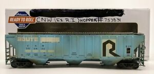 Athearn 15541 HO C&NW Weathered PS 4740 Covered Hopper #753831 EX/Box