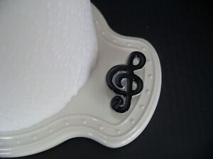NEW, UNUSED Nora Fleming MUSIC TO MY EAR, TREBLE CLEF MINI, Retired, Music Note