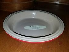 """Le Creuset Stoneware Red 9"""" Round Deep Dish Pie Plate Baking Pan New"""