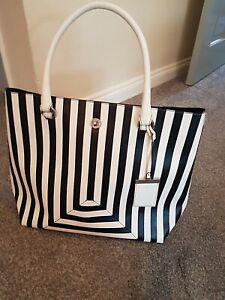 Karen Millen  Soft Leather Black & White tote  bag  VGC