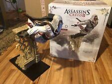 Neues AngebotAssassin's Creed Figur Statue-Ezio Leap of Faith Ultra Selten!Top Zustand!
