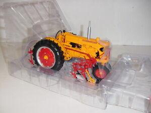 "1/16 Minneapolis Moline U ""High Detail"" Gas Tractor W/2-Row Cultivator NIB!"