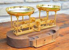 Bruno Gecchelin-Rede Guzzini-Gold plated balance scale 'Karato'-Vintage Desing