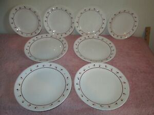 LOT OF 8 CORELLE BURGUNDY ROSE PLATES SALAD LUNCHEON