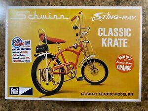"MPC Schwinn Sting-Ray Classic ""Orange Krate"" Orange Bicycle KIT 1/8 (NEW/Sealed)"