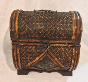 Stunning  Unusual Antique Wicker /Cane Wood Treasure Chest Box Decor 10 x 9 x 7""