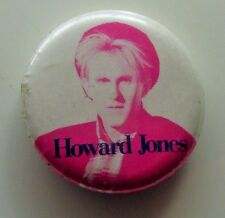 HOWARD JONES OLD METAL BUTTON BADGE FROM THE 1980's WHAT IS LOVE RETRO POP
