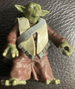 Hasbro Clone Wars: Yoda Action Figure Used No Weapon