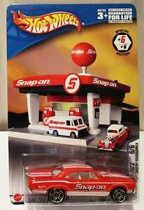 HOT WHEELS SNAP ON TOOLS PLYMOUTH ROAD RUNNER 6/6 ~ DENTED BLISTER