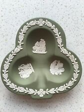 "Wedgwood 1956 4.5"" Green Shamrock / Club shaped Dish"