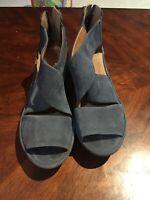 Clarks Artisan Nubuck Leather Back Zip Wedged Sandals Size 8W