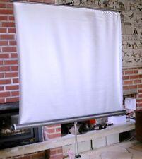 écran de projection perlé   130 cm de large