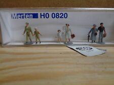 Merten N 0820 Figure Pack Tourists 6 1 160 N Scale