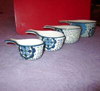 4X LOT Ceramic MEASURING CUPS Artisan STACKING Nesting FLOWER Kitchen Decor