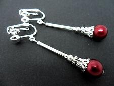 Una COPPIA DI rosso scuro vetro perle placcato argento clip SU ORECCHINI. nuovi.