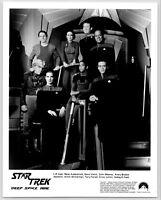 STAR TREK DEEP SPACE NINE ORIGINAL 8x10 VINTAGE PRESS STILL PHOTO - CAST ON DECK