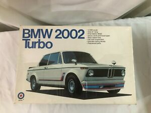 NIB SEALED 1/20 scale model KIT ENTEX BMW 2002 Turbo