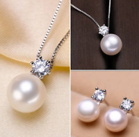 Genuine Freshwater white pearl queen style necklace and earring set for lady