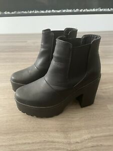 Truffle Collection Flatform Black Leather Ankle Boots Size 5