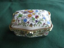 HINGED PORCELAIN CHINTZ TRINKET PILL BOX