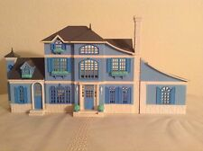 Lewis Galoob Polly Pocket My pretty Dollhouse Country chalet 1995  blue house