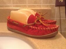 COMFORT CASE RED LEATHER & FAUX FUR MOCASSIN SLIPPERS WOMEN'S SIZE 6 M (81700)