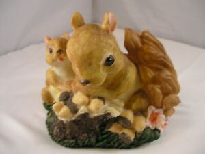 Very Realistic Resin Squirrel Figurine,Flowers,Nuts....FALL DECORATION