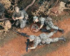 Verlinden 1/35 US Rangers Preparing for Attack in Vietnam War (3 Figures) 2079