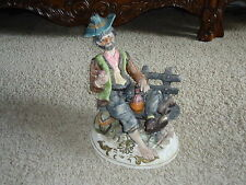 CHARMING VINTAGE CAPODIMONTE ITALY HOBO BUM TRAMP ON BENCH WITH WINE JUG BOTTLE