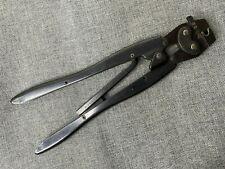 Amp A-Mp Bnc Professional Crimping Tool Pliers 69478 1 Mod E