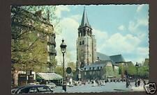PARIS : RENAULT 4CV , CITROEN TRACTION , SCOOTER VESPA