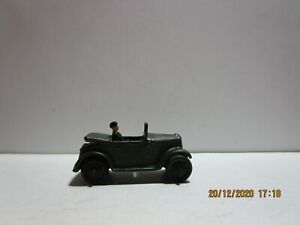 Dinky Toy Military 152C/35D Austin 7 Officers Car with screen 1935 1940  Pre War