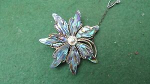 VINTAGE SOLID SILVER & MOTHER OF PEARL FLOWER BROACH