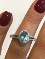 18CT WHITE GOLD OVAL AQUAMARINE AND DIAMOND ENGAGEMENT RING HALO RING  GOY787