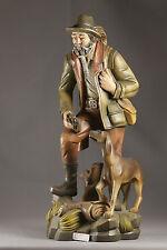 Jäger mit Hund - Lindenholz - gefasst 40 cm