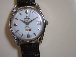 VINTAGE MEN'S TITONI AIRMASTER AUTOMATIC DAY & DATE WRIST WATCH.