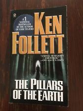 The Pillars of the Earth : A Novel by Ken Follett (1990, Signet)