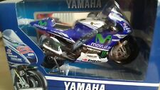 Maisto - 2014 YAMAHA FACTORY RACING No.99 (LORENZO) - Moto GP Modello Scala 1:10