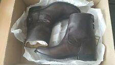 FRYE melissa NIB button back zip boots shoes dark brown US 6
