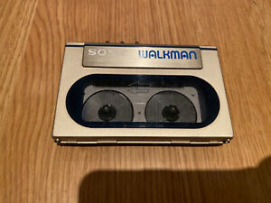 SONY WM-20 Gold Edition RARE WALKMAN