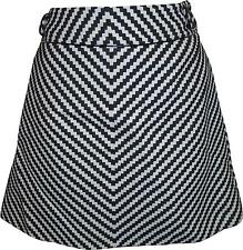 USED Ladies Karen Millen Black And White Patterned Skirt Size 10 (Y.M)