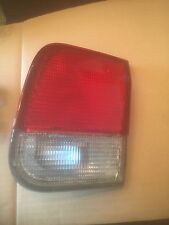 96 97 98 HONDA CIVIC LX RIGHT INNER TAILLIGHT MOUNTED IN TRUNK LID