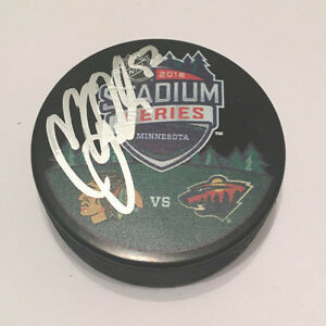 GFA Chicago Blackhawks COREY CRAWFORD Signed Stadium Series Logo Puck C1 COA