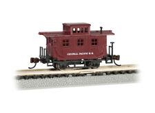 Bachmann-Old-Time Wood Bobber Caboose - Ready to Run -- Central Pacific (Boxcar