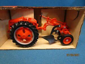 Joseph Ertl Scale Models Allis Chalmers 1948 Model G 1/16 Scale Tractor