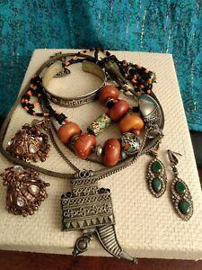 vintage antique ethnic Moroccan Berber torque India white metal amber copal bead