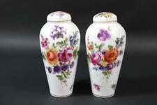 Paar Deckelvasen Porzellan Blumenmalerei Bodenmarke Passau um 1900  (DE966)