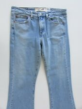 Levi's 519 Jeans Womens Size 9M L33 Light Blue Low Flare