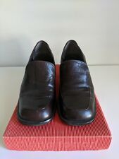 Womens Nine West dark brown leather shoes size 6.5 M (pre-owned)