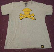 Johnny Cupcakes Large Medium Shirt Star Crossbones T-shirt Graphic Design
